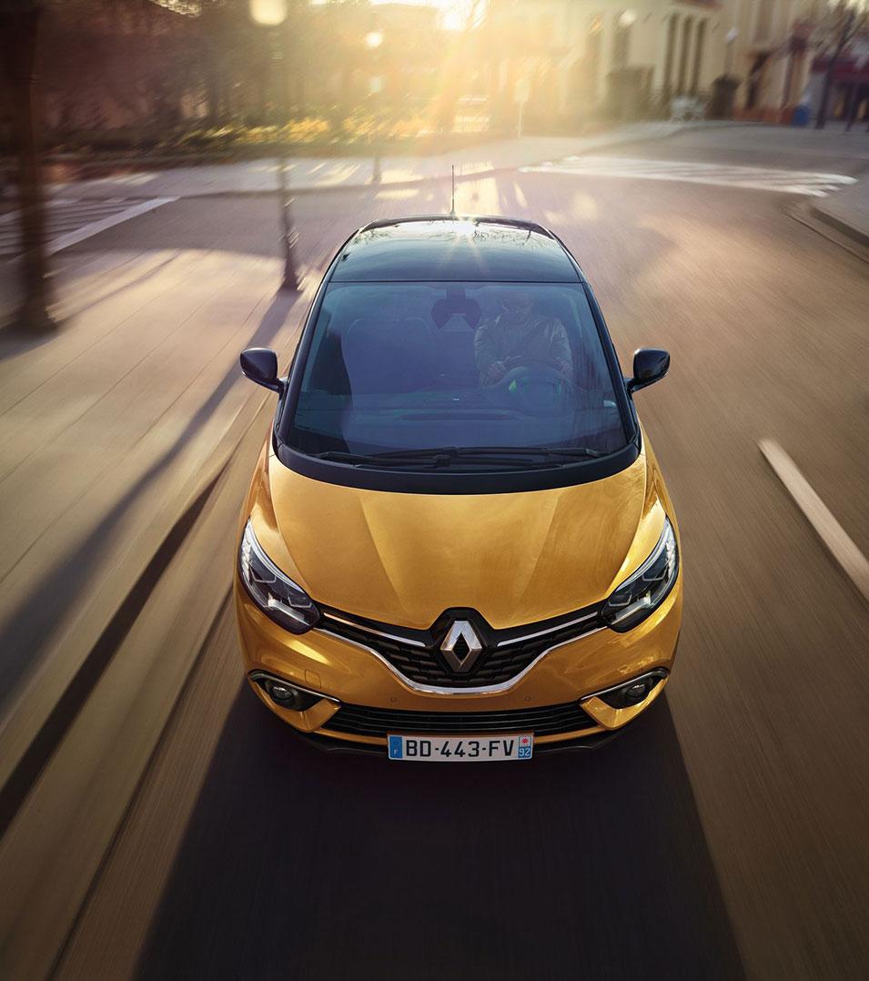 Renault SCENIC Το απόλυτο οικογενειακό της ελληνικής αγοράς